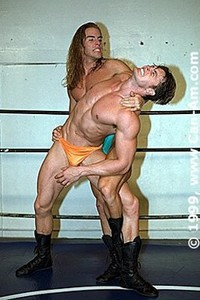young-musclestud-wrestling-3-dvd-028.41.jpg